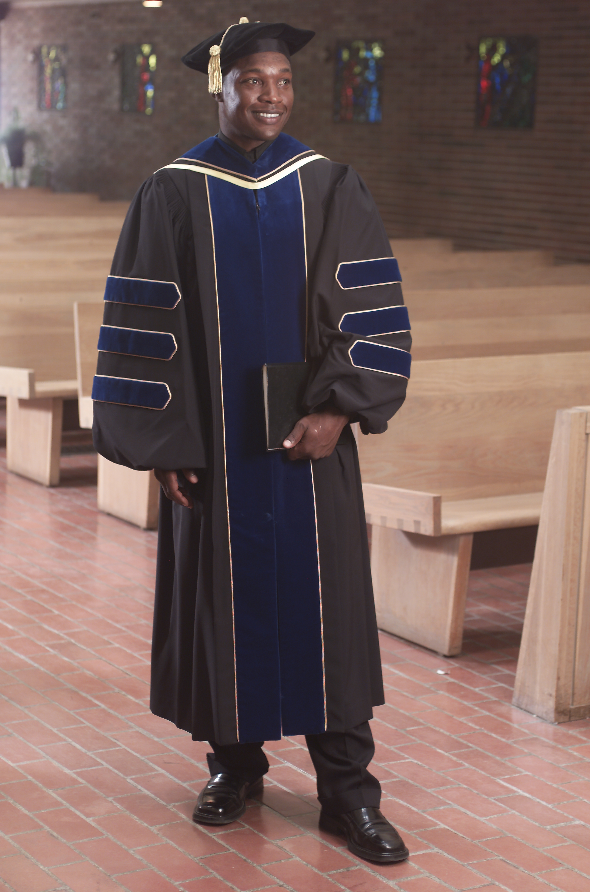Deluxe Doctoral Package W/Degree Colored Velvet